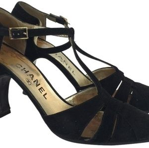 CHANEL VELVET T STRAP Heels pumps